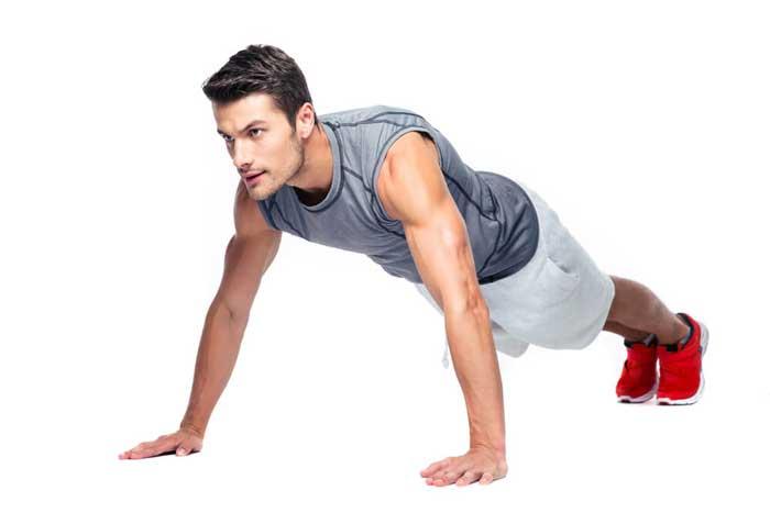 伏地挺身可以幫助訓練核心肌群
